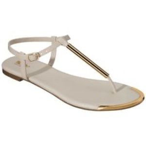 Mossimo Falk Cream Thong Sandals